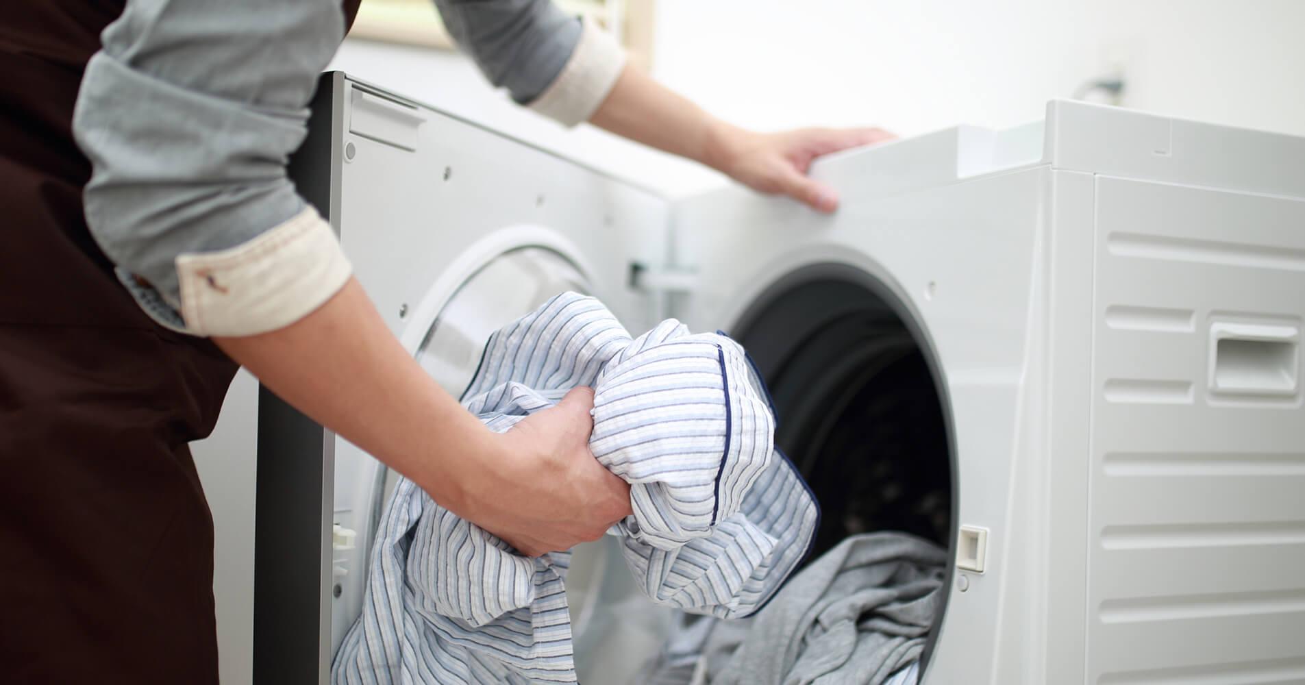 乾燥機で縮む服って?正しい乾かし方をチェック!