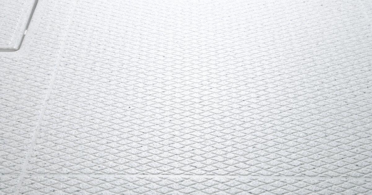 目からウロコ!?カラリ床の機能を劇的に回復させる掃除方法