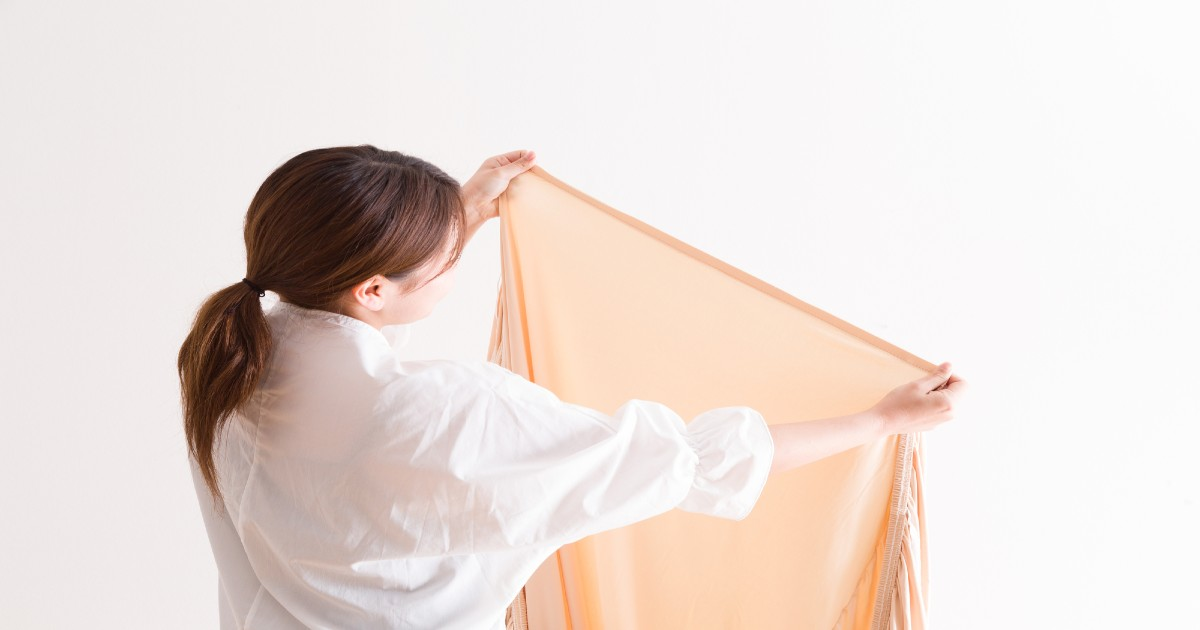 効率的なシーツの部屋干し方法とは?乾燥時間とスペースを最小限に